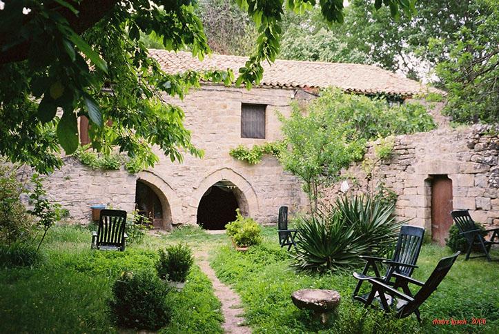 Jardim do albergue marista em Arre