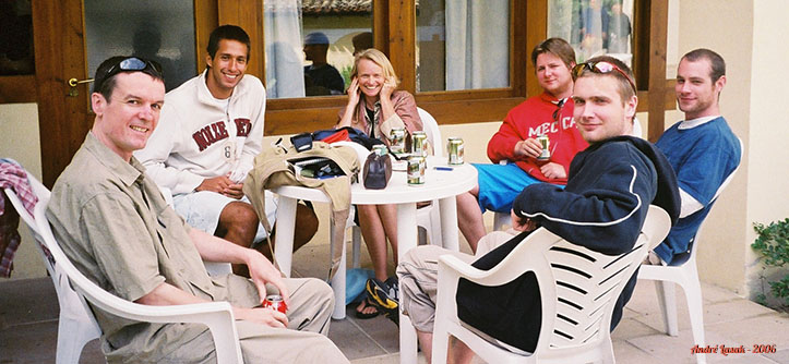 Albergue em Cizur Menor (da esq. para a dir.): Dean, Marcelo, Joan, Tiago, Sam & Tim