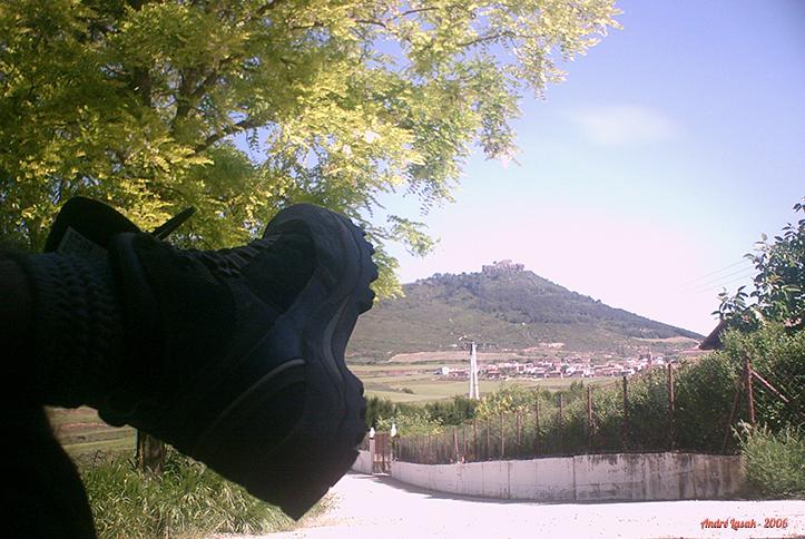 Descanso na saída de Villamayor de Monjardín